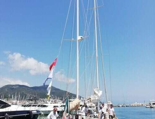 In Marina di Varazze un saluto alla Leon Pancaldo